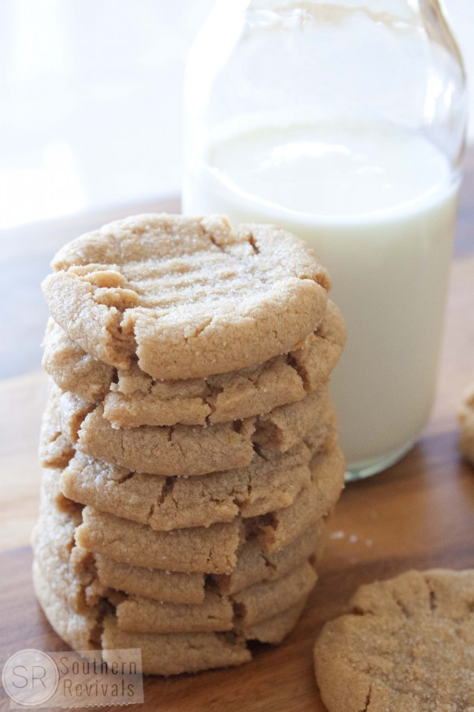 Soft Batch 3-Ingredient Peanut Butter Cookies