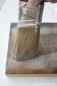 Faux Driftwood Paint Finish Tutorial