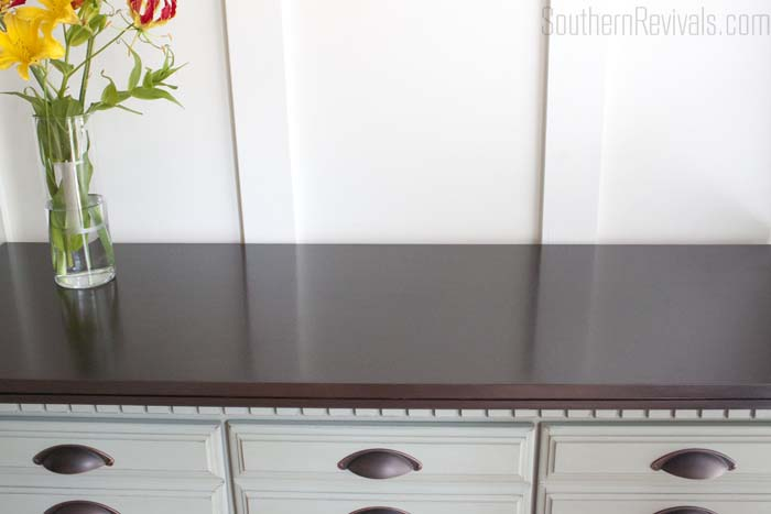 Vintage Dresser Sideboard Buffet Makeover #furnituremakeover #paintedfurniture SouthernRevivals.com