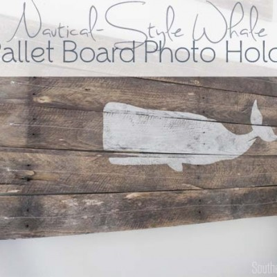 DIY Pallet Wood Photo Holder #nautical #whale #palletproject SouthernRevivals.com