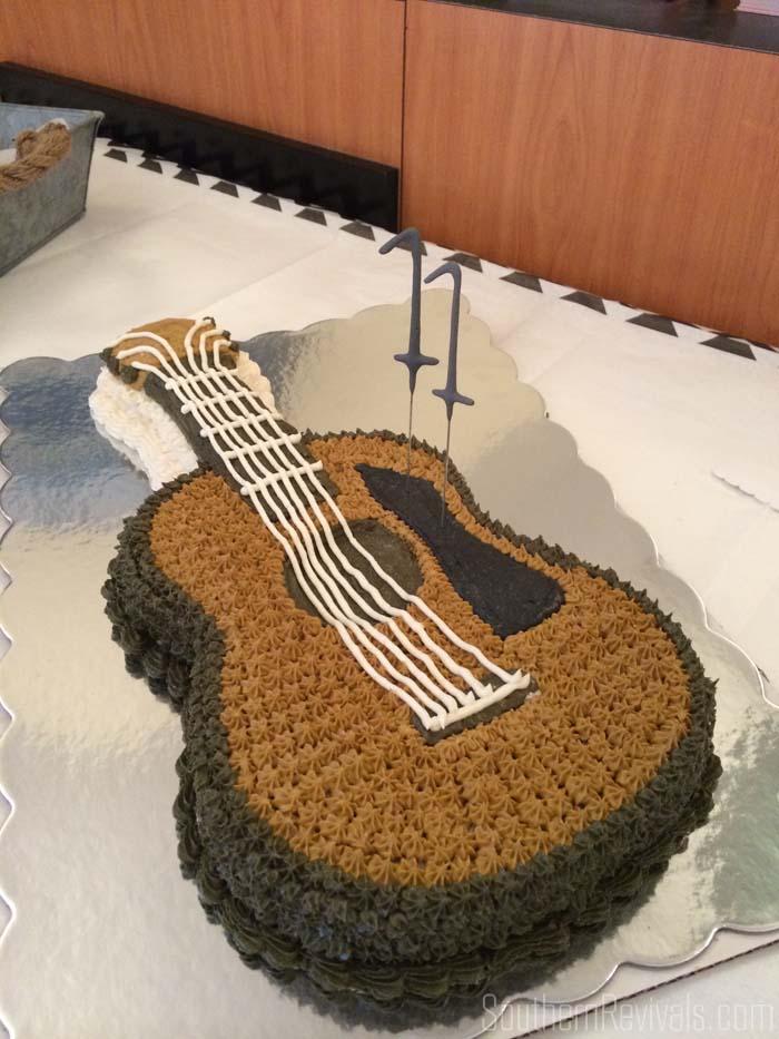 How To Make Guitar Cake Decorations