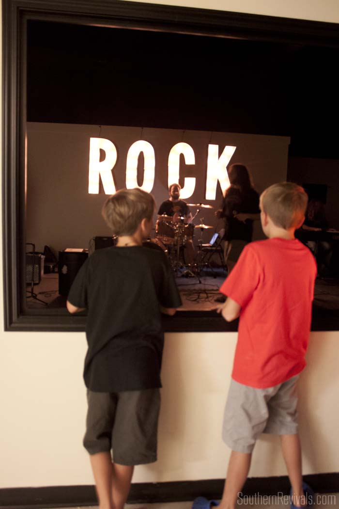Rock N Roll Birthday Party #rocknroll #birthday #diyparty SouthernRevivals.com