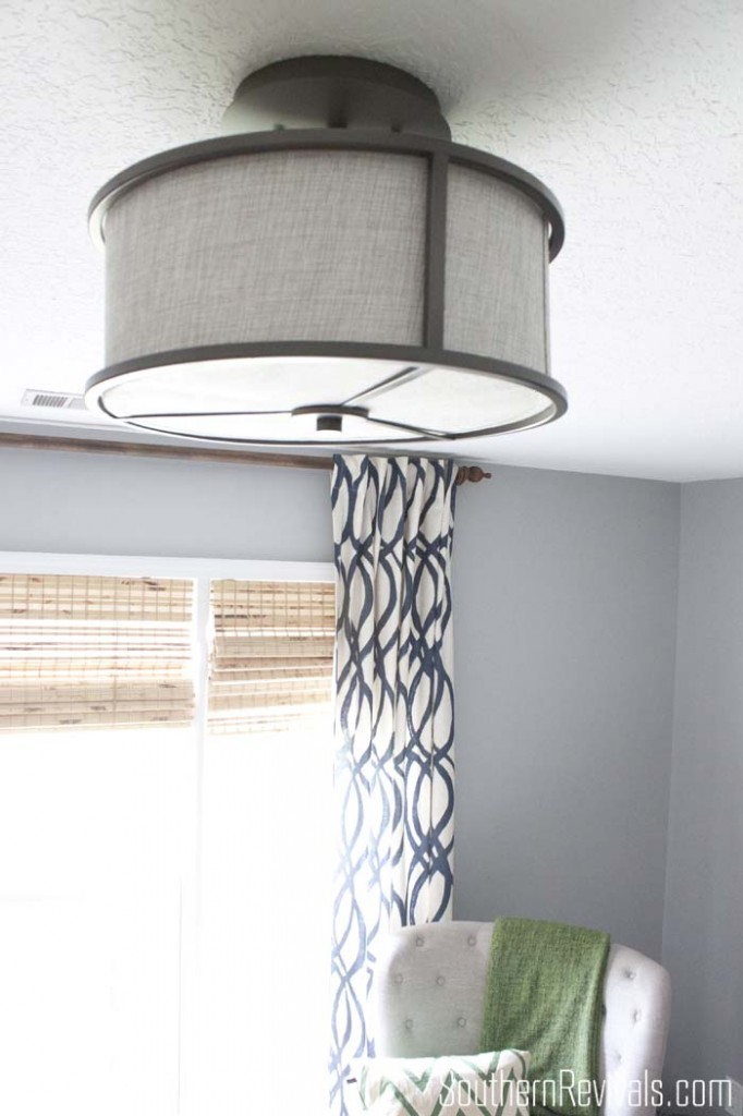 Finding the perfect light fixture for that sometimes small, often times awkward space - The Home Office #lightingideas #homeoffice #officemakeover SouthernRevivals.com