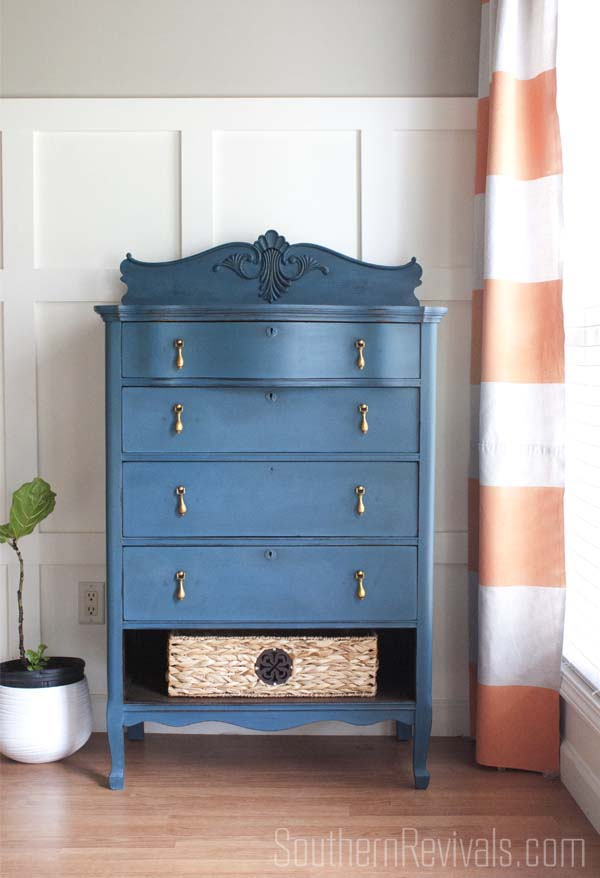 Chest of Drawers Makeover | Miss Mustard Seed's Milk Paint #paintedfurniture #furnituremakeover #mmsmp #milkpaint