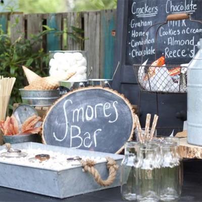 S'Mores Bar Party + S'Mores Cheesecake Recipe