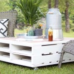 DIY Pallet Coffee Table Gets an Outdoor Makeover