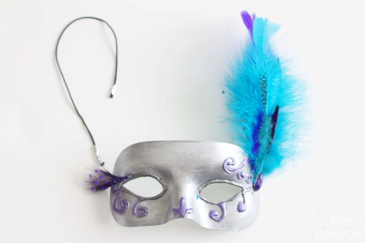 DIY Halloween Masquerade Mask