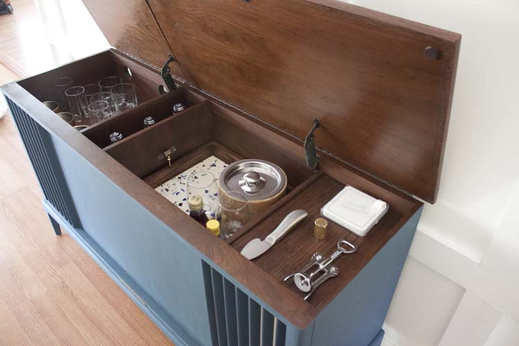 Vintage Stereo Cabinet Wet Bar - Vintage Stereo Cabinet Makeover With Bluetooth And Wet Bar