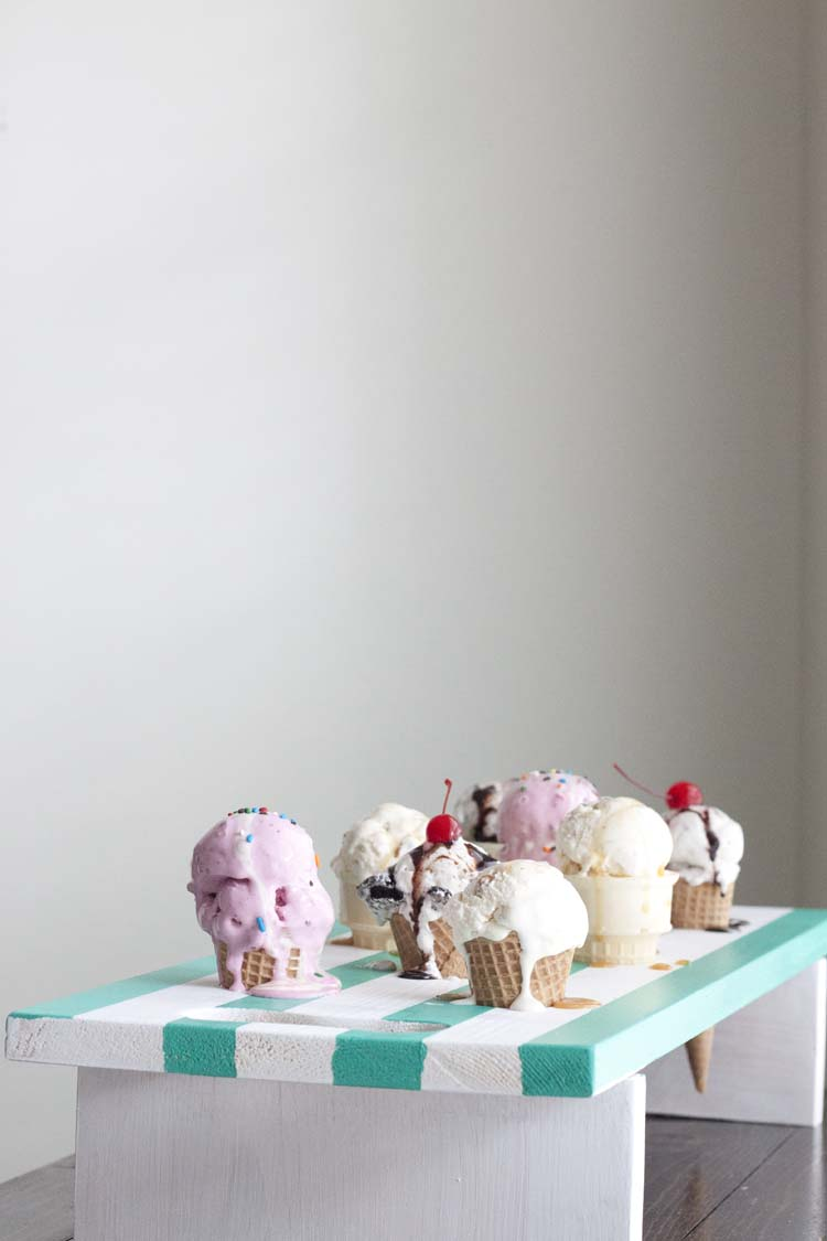 DIY Ice Cream Cone Serving Tray