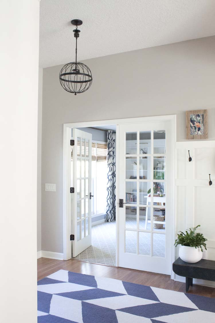 Farmhouse-style Foyer Entryway Makeover