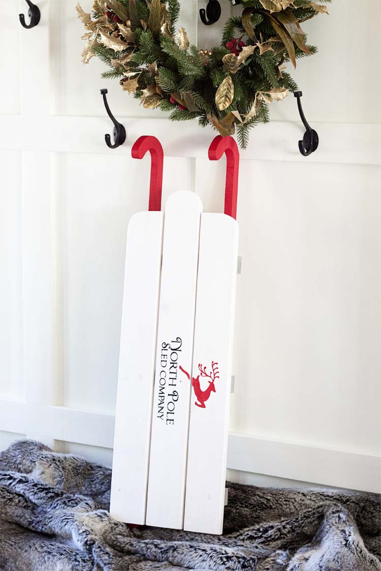 Quick Easy Diy Sled For Christmas Southern Revivals