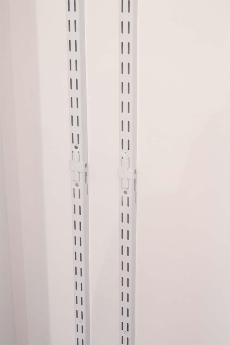 DIY Linen Closet Makeover