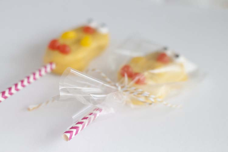 Easter Chick Cookie Pops
