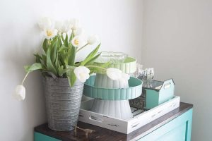 4 Ways to Style With Trays for Spring | Farmhouse-Style