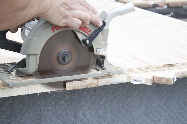 trimming wood edges with circular saw